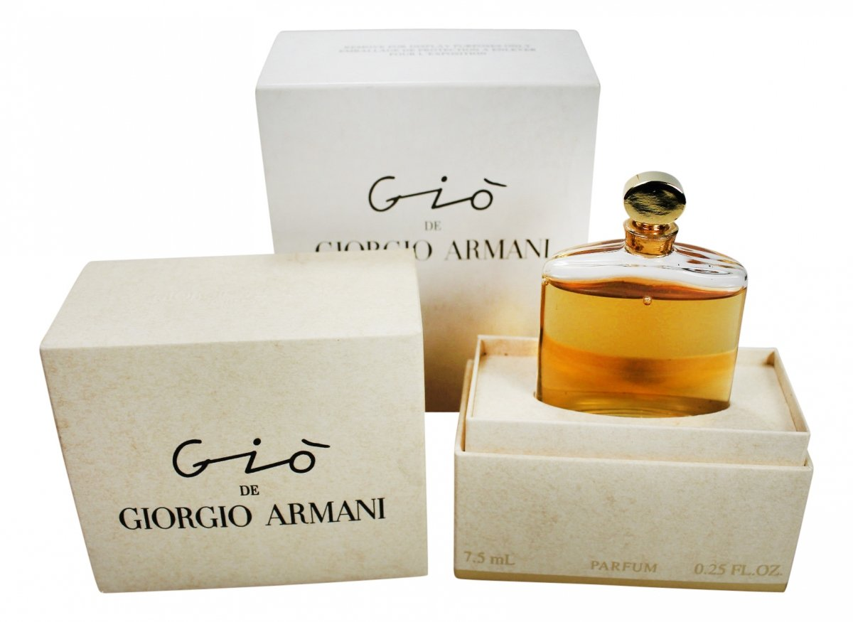 giorgio armani gi parfum duftbeschreibung und bewertung. Black Bedroom Furniture Sets. Home Design Ideas