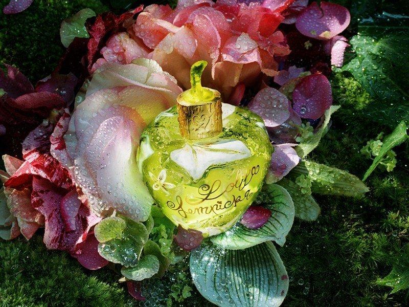 Lolita lempicka fleur d fendue forbidden flower for Farbideen flur